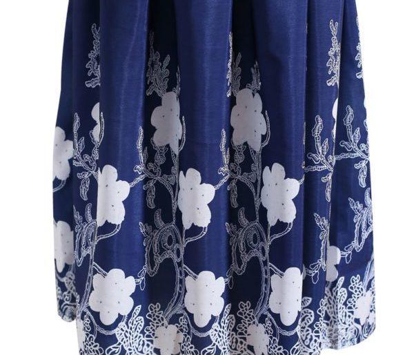 Floral hemmed blue midi dress