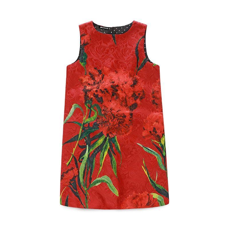 Beautiful rose patterned dress