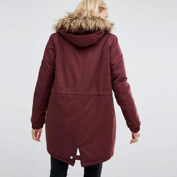 Comfy maroon winter coat