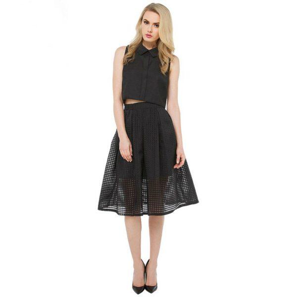 Black squared flared skirt