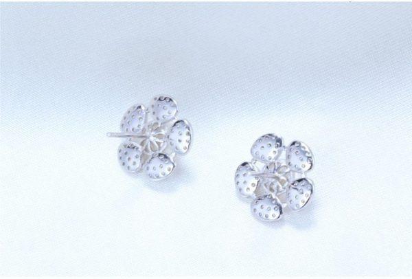 Pearl flower silver earrings