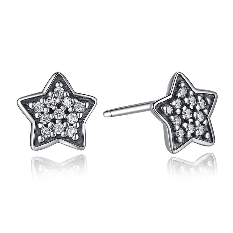 Clear sparkling star earrings