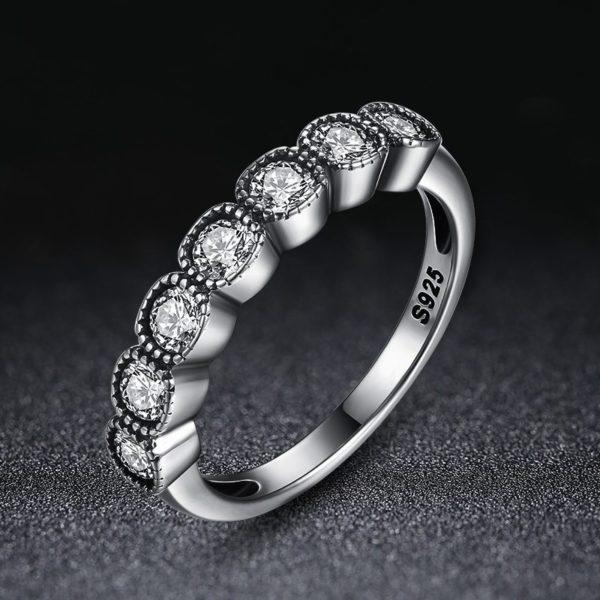 Unique designed silver ring