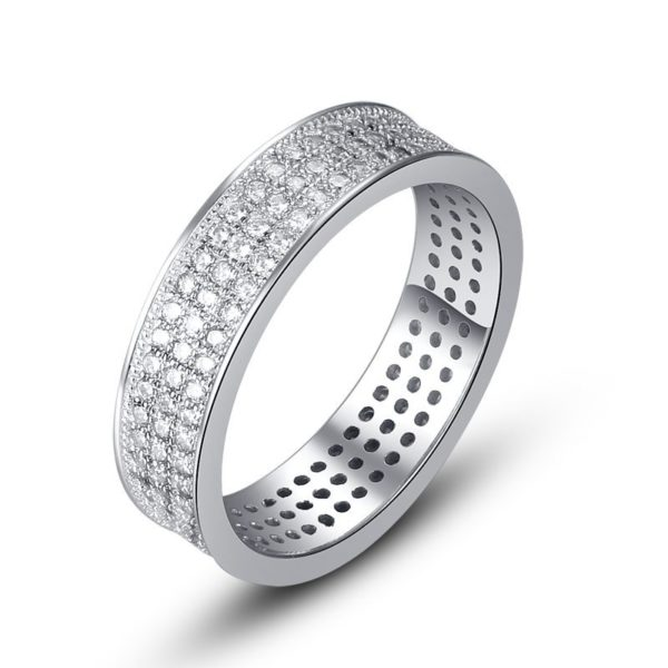 Clustered silver ring