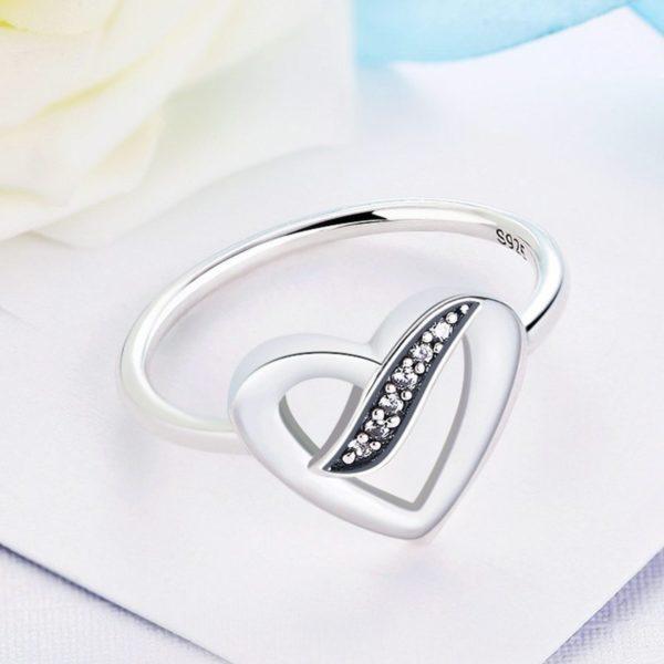 Don't break my heart silver ring