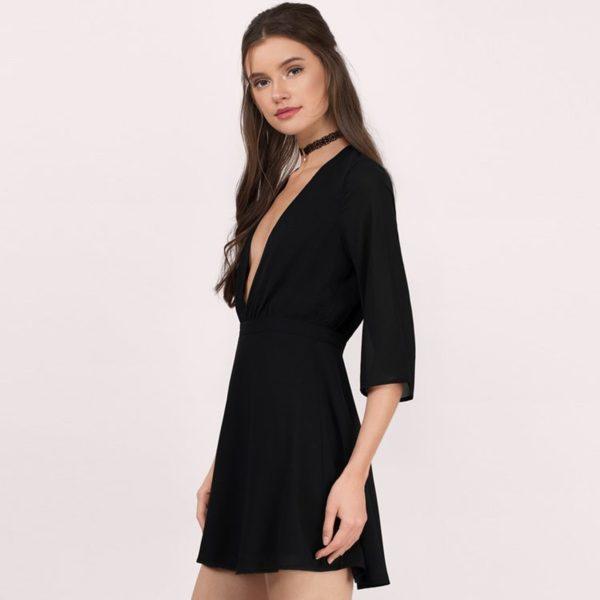 Floral armed black dress