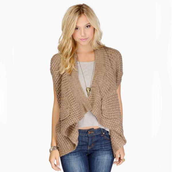 Beige knitted beauty