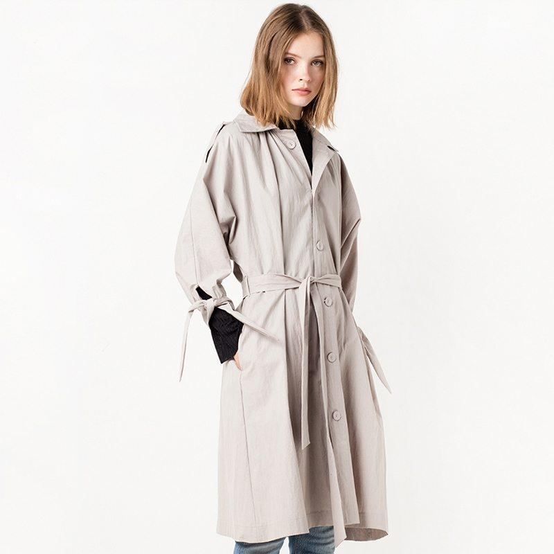 Lush light grey rain coat